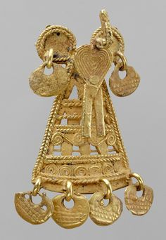 Pendant 15th century | pendant with bird 10th 15th century colombia muisca gold .