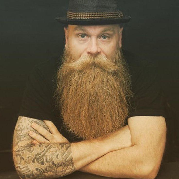 Arrr!  #365beard #228 #czarnobrody #stylnoszeniabrody #snb #arrr #instagram #beard #beardstyle #menwithbeard #broda #fullbeard #bart #schnurrbart #lumbersexual #mustache #wąsy #wąs