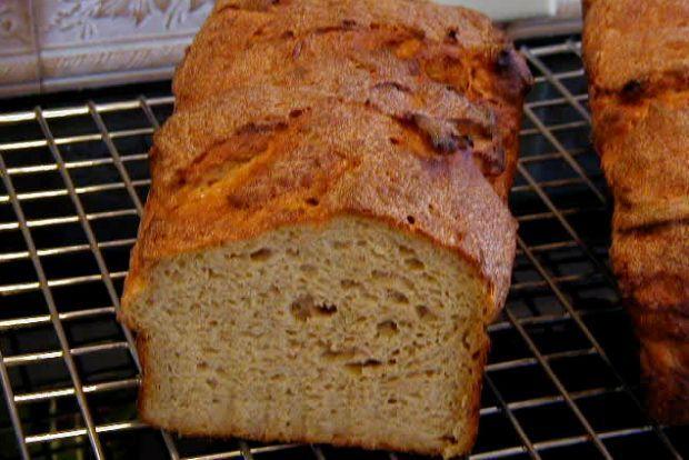 Photo: make-your-own-bread.com
