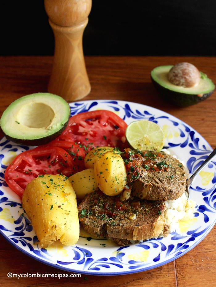1129 best colombian recipes images on pinterest colombian food sudado de posta o muchacho beef round steak stew forumfinder Choice Image