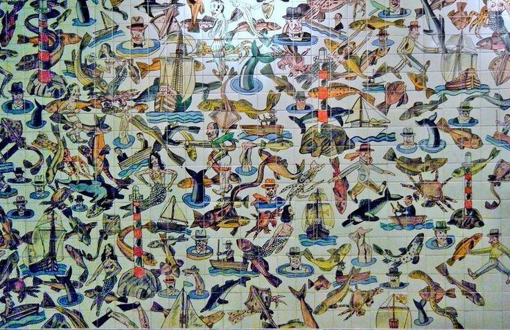 ELEMENTOS LIGADOS AO MAR (1988) - Painel de azulejos do pintor, escultor e ilustrador argentino Antonio Segui (1934-   ). Ocupa as duas paredes do topo Sul de cada lado da linha-férrea da Estação do Oriente do Metro de Lisboa.
