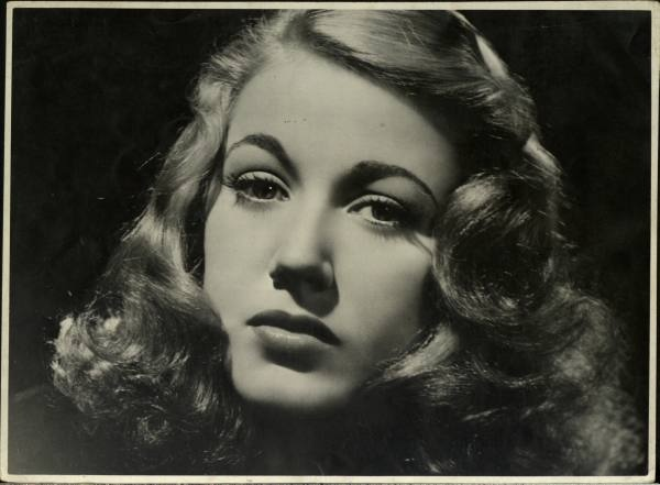 64 Best Images About 1940's Hair On Pinterest