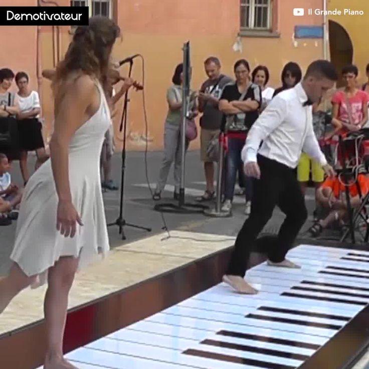Hacer música con el corazón... ( y los pies ) 💃🕺  Animate| Ani-mate|https://goo.gl/jcpcru