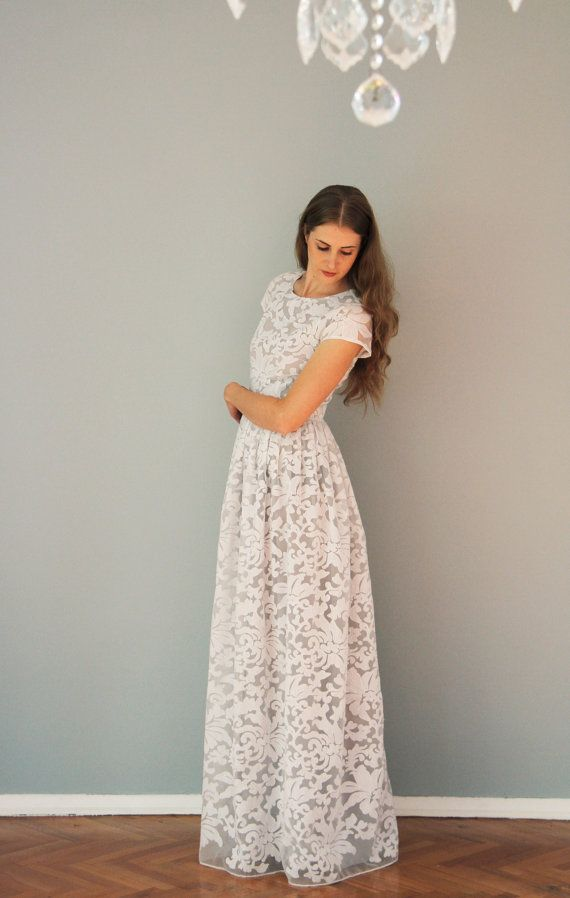 White organza maxi dress with grey lining