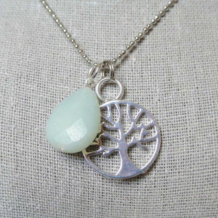 Handmade Necklace Handgemaakte ketting edelsteen levensboom mint zilver www.tantetaat.nl