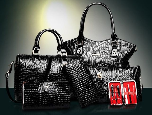 Crocodile Genuine Leather Bag Women Handbag Crossbody+Messenger+purse Bag 4 Sets— $65.00 (Save 18%!) Item Type: Handbags is_customized: Yes Exterior: Silt Pocket Size: Medium(30-50cm) Number of Han…
