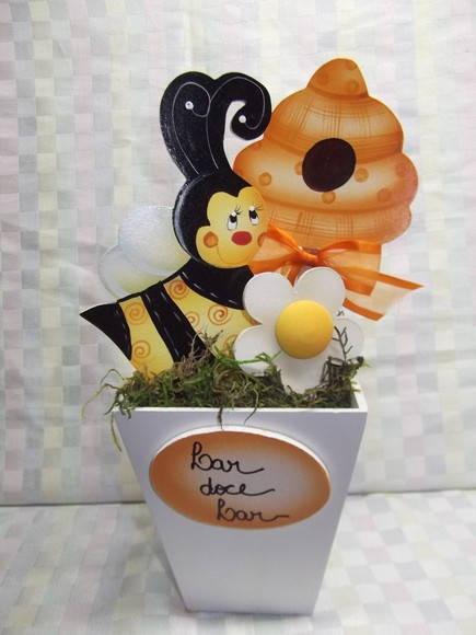Vaso abelha flor e colméia | Artesanatos Ingrid Carvalho | 17003B - Elo7