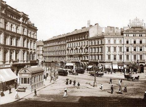 Oktogon Square, Budapest 1896
