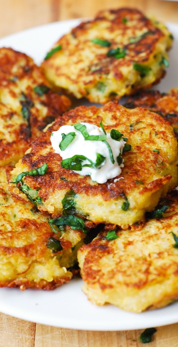 Spaghetti Squash, Quinoa, Spinach and Parmesan Fritters – delicious savory cakes! Kids love these! Serve with sour cream or Greek yogurt. These freeze really well. #gluten_free #gf #vegetarian #appetizer #snack #breakfast