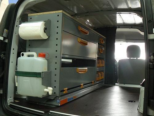 Echipare Dacia Logan Van  cu raft extractabil