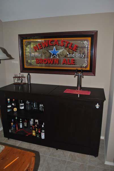 12 best images about kegerator keezer on pinterest how for Home bar with kegerator space