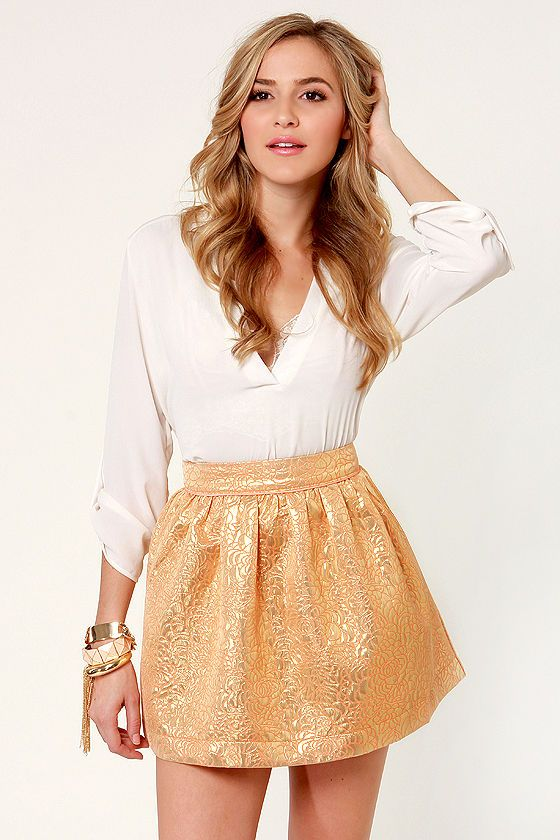 Pretty Gold Skirt  from LuLu*s with 7% cash back $33.00 http://www.studentrate.com/StudentRate/all/get-all-student-deals/LuLu-s-Student-Discount--/0
