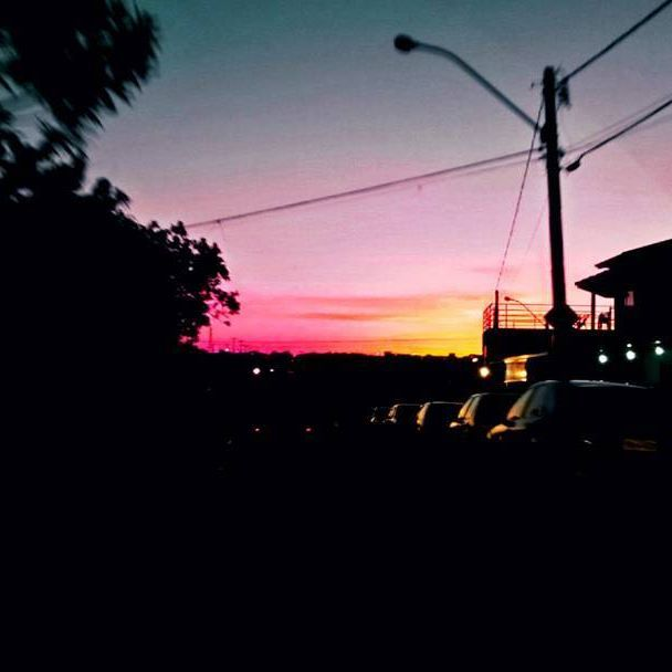 """É o mesmo sol que derrete a cera e seca a argila."" -Antoine de Saint-Exupéry . . . #sun #sunny #sunnyday #sunnydays #sunlight #light #sunshine #shine #nature #sky #skywatcher #thesun #sunrays #photooftheday #beautiful #beautifulday #weather #summer #goodday #goodweater #instasunny #instasun #instagood #clearskies #clearsky #blueskies #lookup #bright #brightsun"