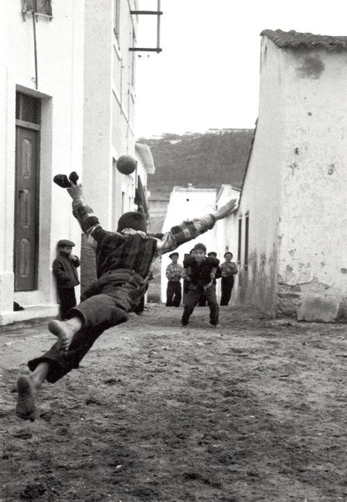hayatsanatvesaire:    Portugal 1958  Photo: Gérard Castello-Lopes