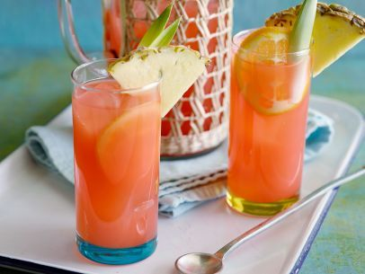 Trisha's Summer in a Cup #CocktailFood Network, Cups Cocktails, Summer Recipe, Send Messages, Trisha Summer, Shared Photos, Rum Punch, Trisha Yearwood, Cups Recipe