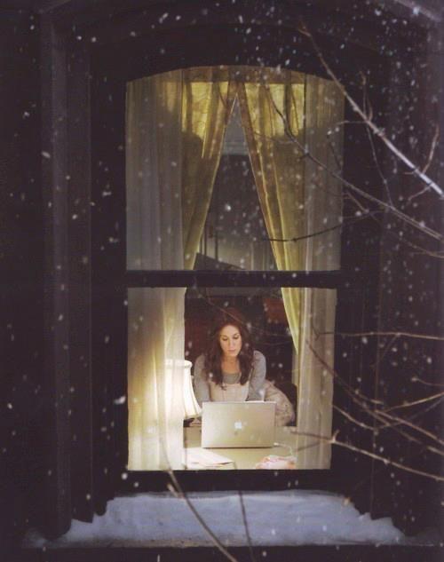 Люблю раздеваться в окне фото 588-352