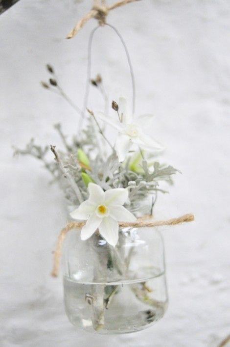 your guide to winter florals with The Garden Gate Company | uk wedding blog