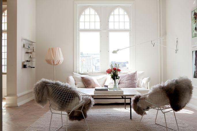 whiteSpaces, Living Rooms, White Living, Fur Throw, Chairs, Interiors, Livingroom, Windows, Design