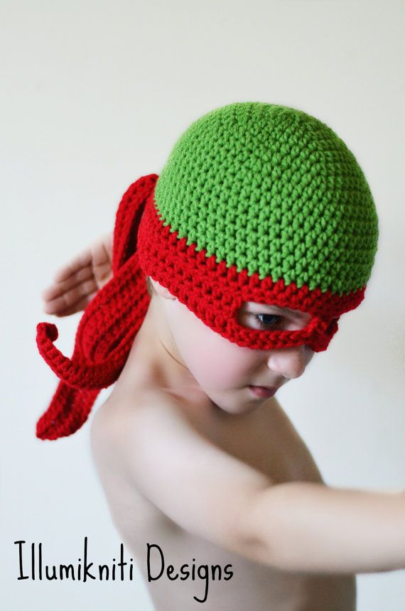 Haaaaaaya! This Turtle Ninja Kids Hat makes a wonderful Halloween costume! Available in other colours! #illumiknitidesigns