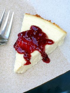 GREEK YOGURT CHEESECAKE :) the best cheesecake ever...and it's healthy for you!