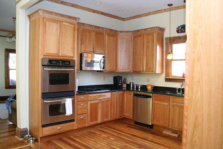 Maple kitchen in Oakhurst Decatur GA. Note the custom ...