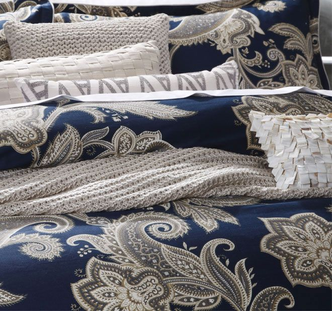 private-collection-alexandra-quilt-cover-set-range-detail-navy