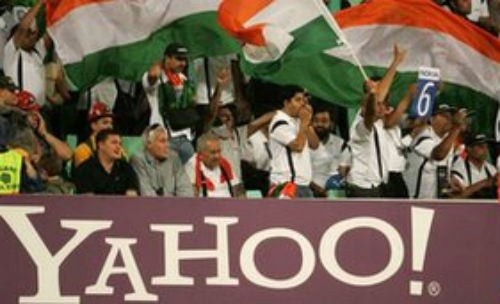 A huge banner of YAHOO in cricket ground. Best way to increase the visibility of your brand & maximize its popularity. Join the Patricks-Marketing & promote your business anywhere in the world. #promote #logo #brand