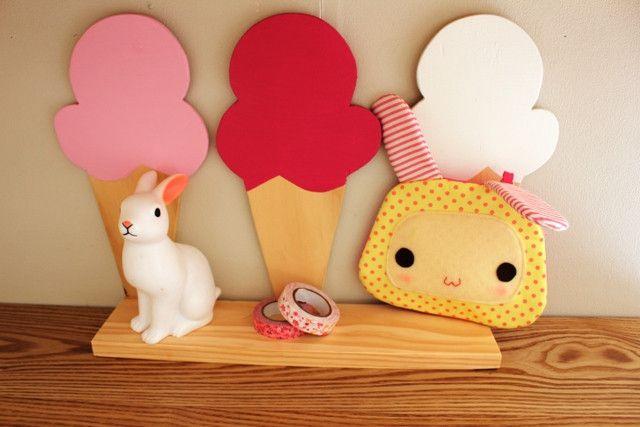 Ice Cream Trio Shelf