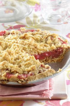 No-roll pastry crust and crumbly topping add a new twist to classic rhubarb pie filling. There's no messing up this rustic-looking pie!