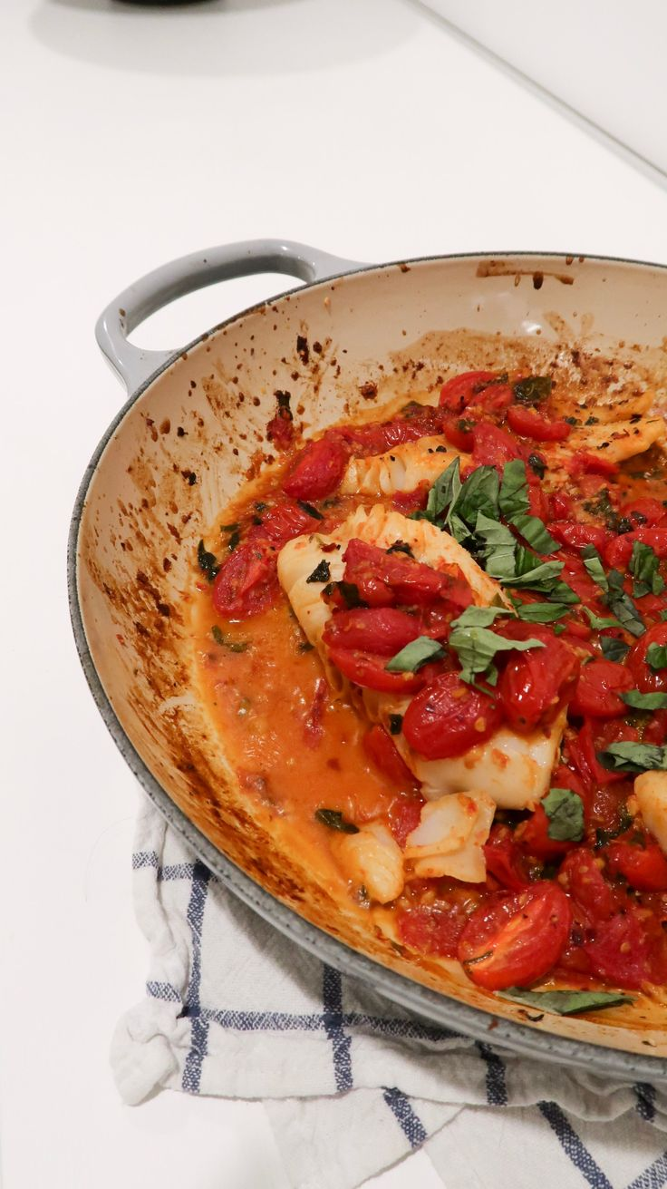 Pin By Danielle Mateo On Seafood In 2020 Cherry Tomato Sauce Roasted Cod Cooking