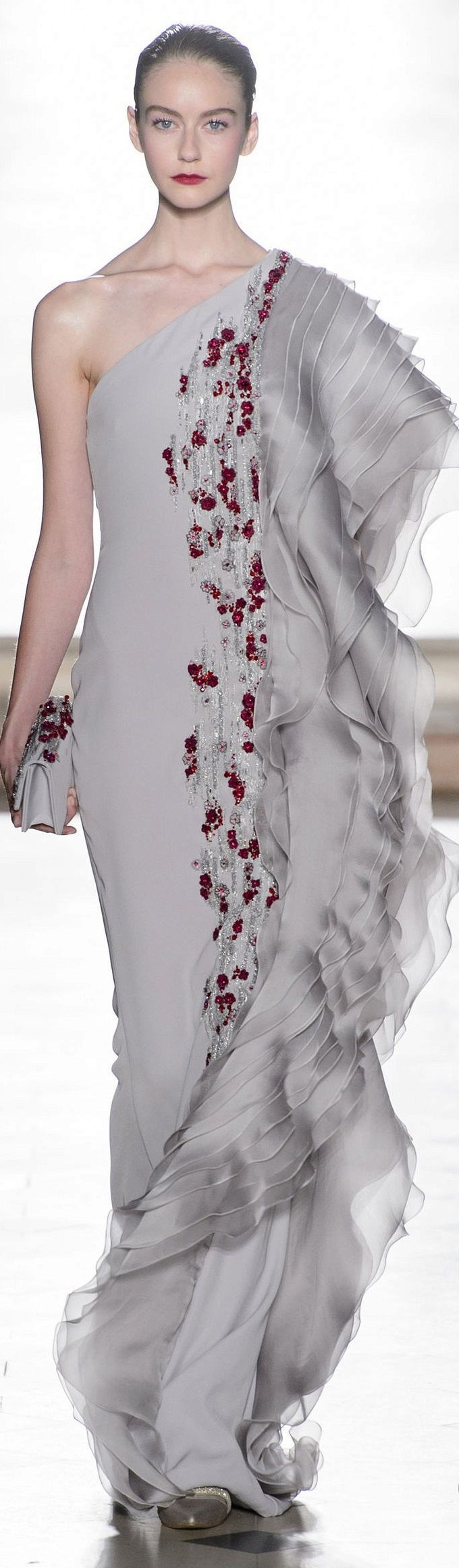 819 best elegant dresses images on Pinterest | Evening gowns, Party ...