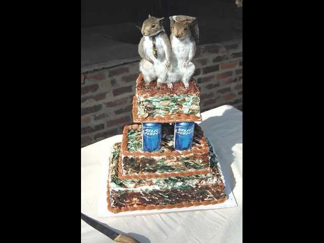 Redneck Wedding Cakes | Rednecks Teach Me Something About Weddings | Blog »  Big Fat Cake