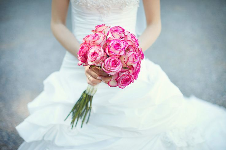Brautstrauß aus pinken Rosen  bouquet with pink roses