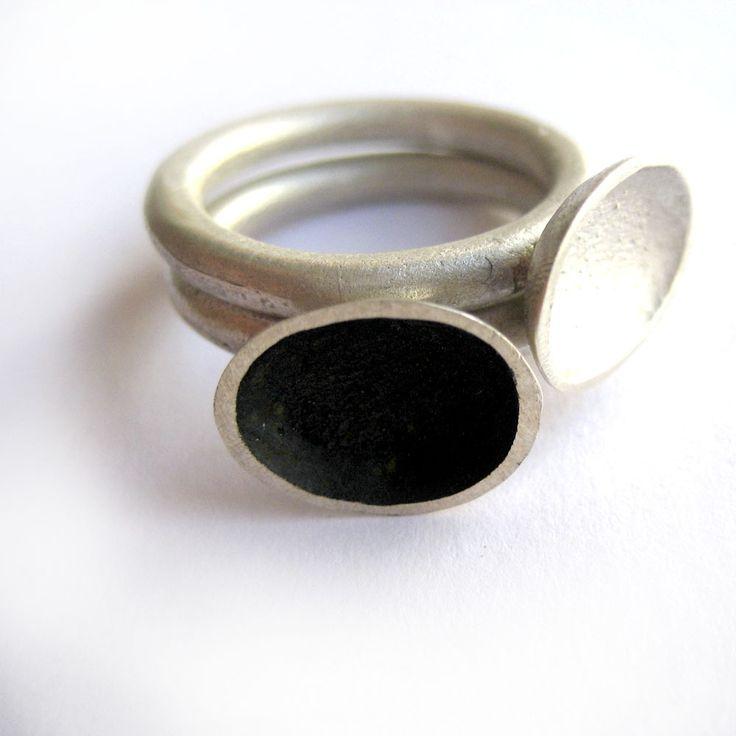 Duo de anillos: plata 925, satinada y oxidada - La Joyería