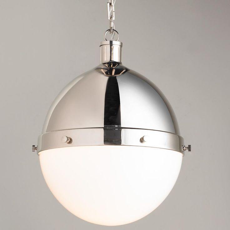 Iconic Classic Globe Pendant - Medium