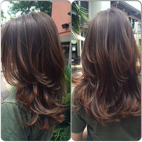 Stufenschnitt lange wellige haare