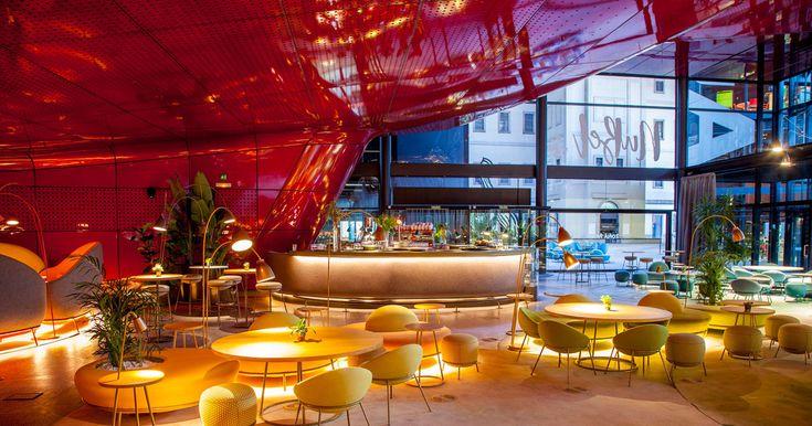 Como Dabiz Muñoz. Con B. Así se escribe el nombre del nuevo restaurante del Museo Reina Sofía: NuBel. Así, con ese toque canallesco, y en este caso para hacer un guiño al espacio artístico, mejor dicho, al nombre del arquitecto que lo creó, Jean Nouvel, responsable de la revolucionaria ampliación del museo madrileño donde se encuentra, hace ya diez años (sí, diez años).
