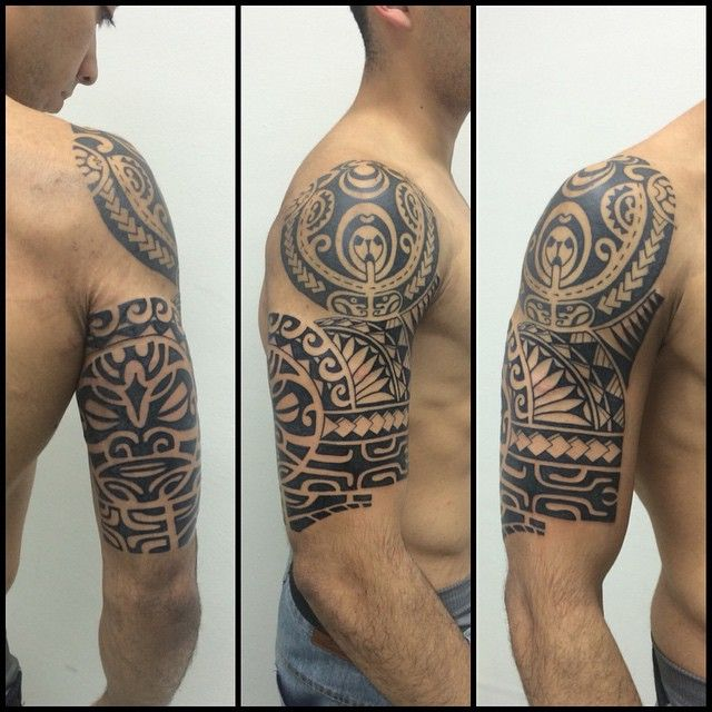 Mais uma sessão. Ainda falta a parte do ombro e as costas. #maoritattoo #maori #polynesian #tattoomaori #polynesiantattoos #polynesiantattoo #polynesia #tattoo #tatuagem #tattoos #blackart #blackwork #polynesiantattoos #tribal #guteixeiratattoo #goodlucktattoo #tiki #tikitattoo