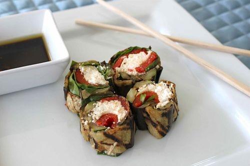 Vegetarian Italian Sushi: Summer Veggies, Italian Vegetarian, Italian Vegetables, Vegetarian Sushi, Italian Vegitarian, Italian Sushi, Healthy Recipes, Sushi Rolls, Veggies Sushi