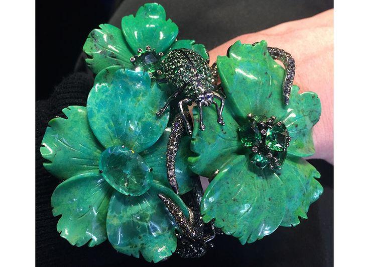 Лидия Кортеил - Amazon Коллекция Браслет - золото, коричневые алмазы (21,93 карата), цаворит гранаты, бирюзу, изумруд (5.90 МССА), зеленые турмалины