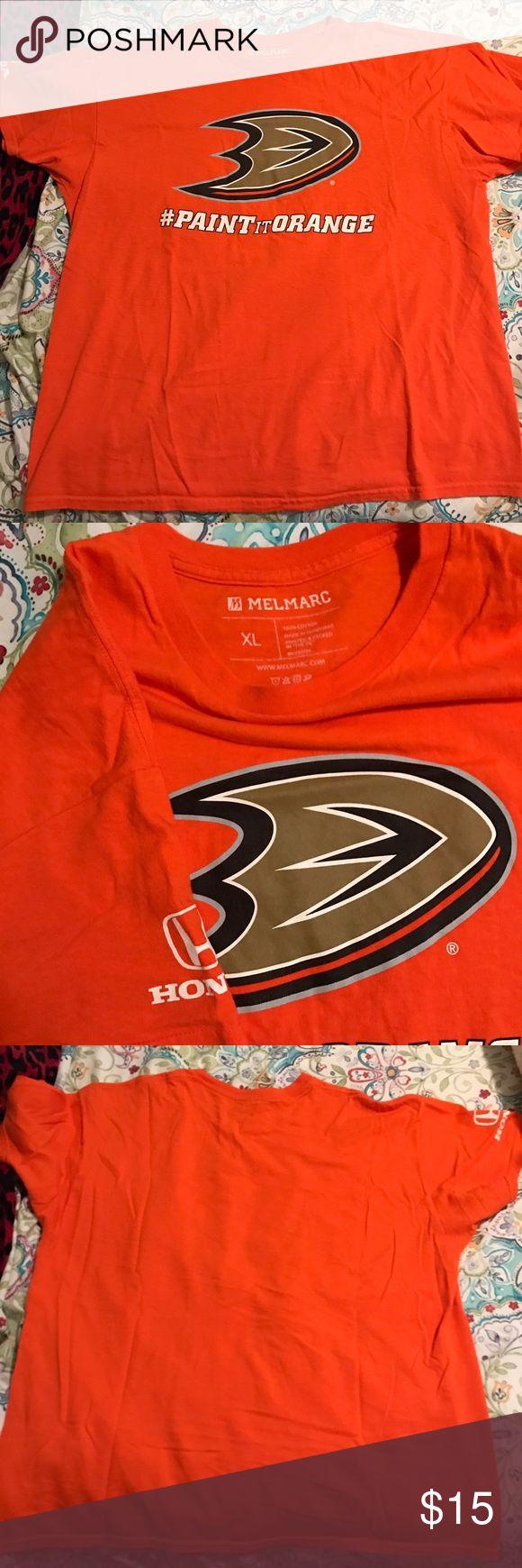 Anaheim Ducks Fan T-Shirt size XL Anaheim Ducks hockey fan t-shirt size XL, never worn. Melmarc Tops Tees - Short Sleeve