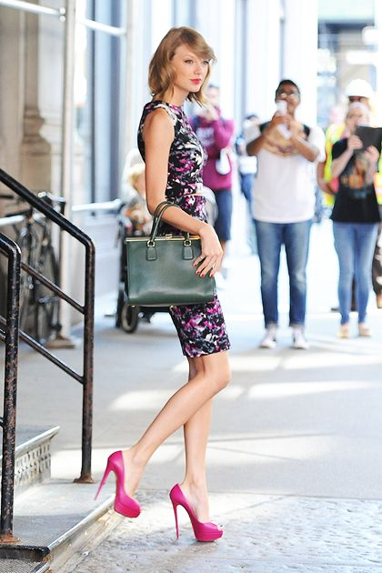 Somehow Taylor Swift's Street-Style Game Just Keeps Getting Better—Here's Proof