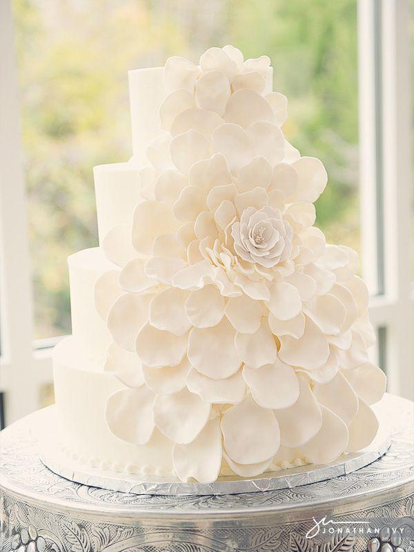 Beautiful all white petal cake #wedding #cake