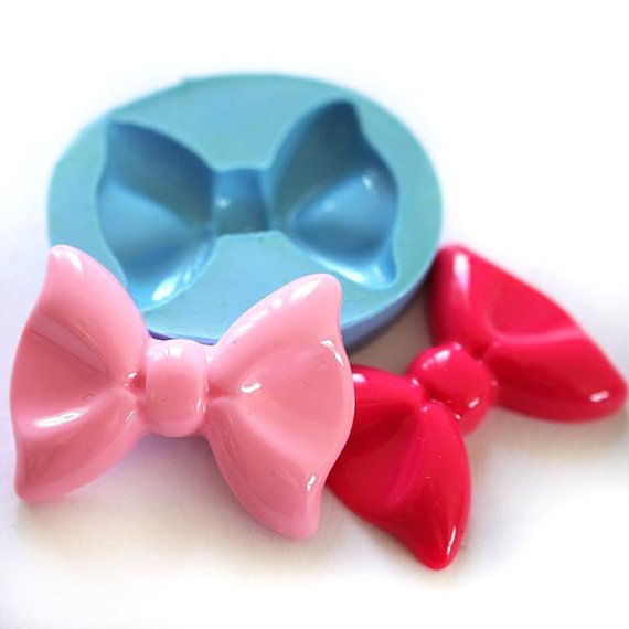 Big Ribbon Bow 36mm Bakery Flexible Mold by AliceCraftWonderland, $5.85