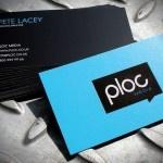 Biglietti da visita blu: colore di purezza, onestà e trasparenza