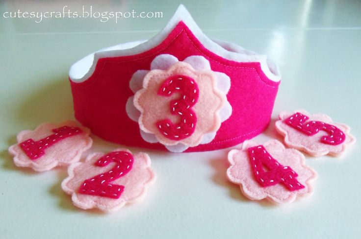 Cutesy Crafts - birthday crown with interchangeable numbers