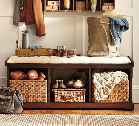 Adorable entryway benche with storages