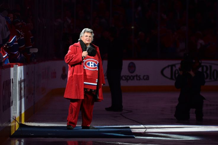 Match 3: Ginette Reno enflamme le Centre Bell suite à son interprétation de l'hymne national du Canada avant le Match 3. http://goha.bs/1eVLW5s / Game 3: Ginette Reno gets the Bell Centre going with her flawless interpretation of Canada's national anthem before Game 3. http://goha.bs/1hfV0fG #GoHabsGo