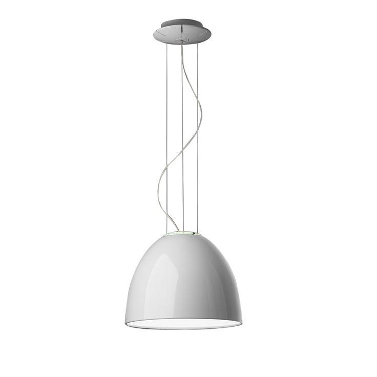 Articolo: A244900La lampada a sospensione Nur Gloss si presenta con una finitura bianca, perfettamente liscia e decisamente lucida. Elegante, accattivante e dal design molto moderno, è la soluzione ideale per chi vuole completare gli arredi dei propri ambienti con una lampada esclusiva. Ha infatti una forma a campana, tipica dei lampadari più classici, ma è sapientemente reinterpretata e resa contemporanea da uno speciale mix di materiali moderni e alta tecnologia. Firmata dal celebre…