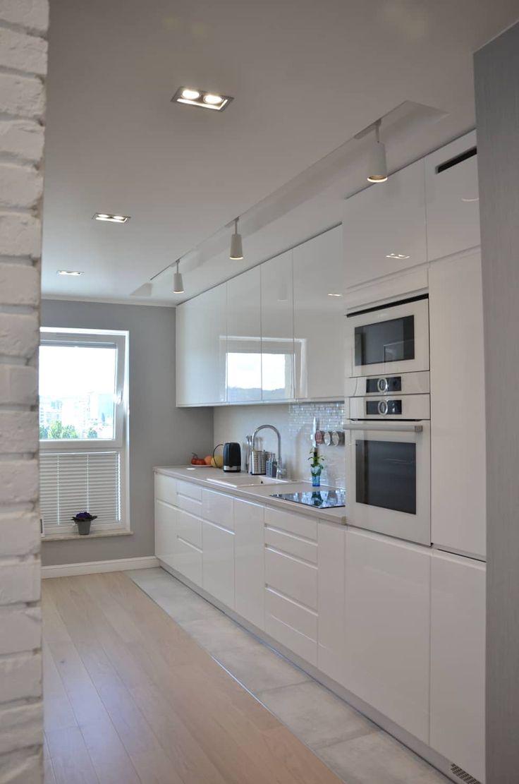 Mieszkanie 74m2 - Albatross Towers Gdańsk - 2016: styl , w kategorii Kuchnia zaprojektowany przez Pracownia Projektowa Studio86